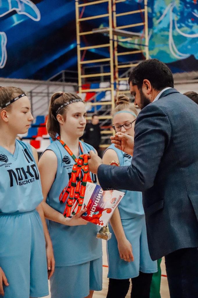Фото игроков команды во время награждения